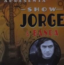 Jorge investe em carreira solo e lança show de rock  (Foto: Tapas e Beijos / TV Globo)