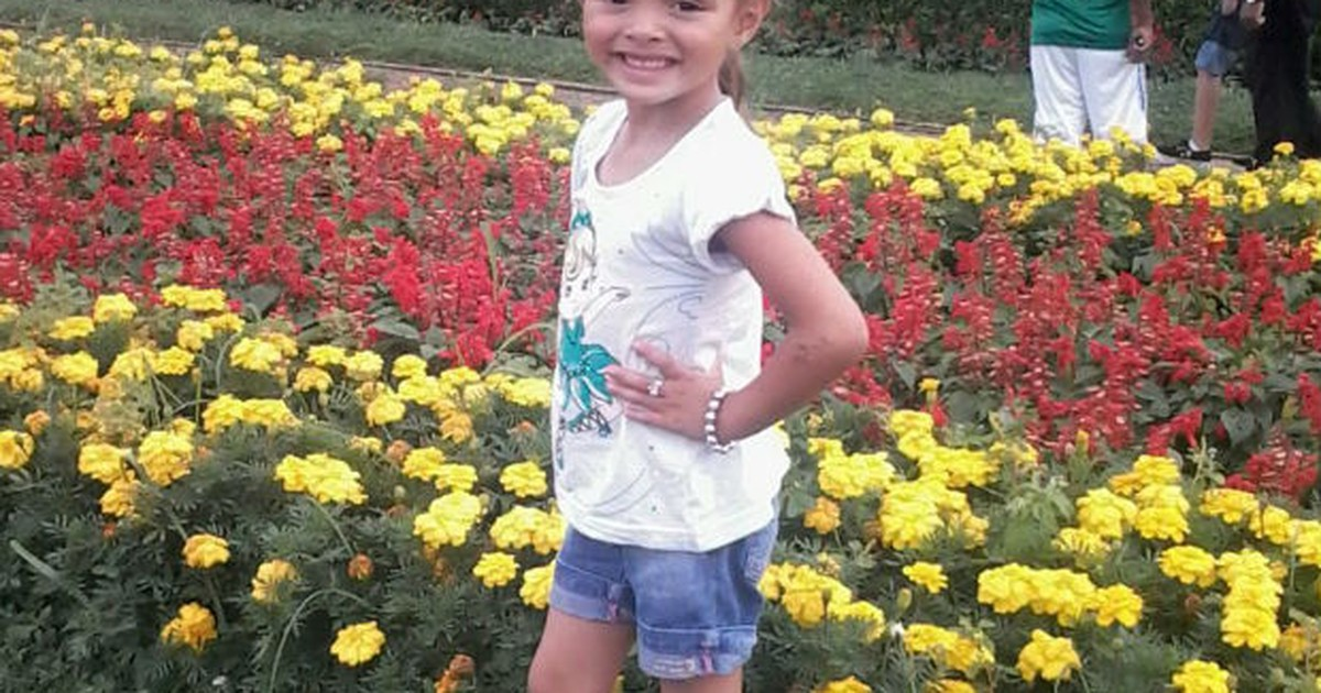Família enterra criança que morreu em acidente com ônibus no ... - Globo.com