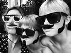 Fernanda Lima posa com os filhos gêmeos com produção engraçada