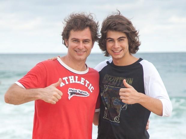 João e Rafael Vitti durante gravação de Malhação (Foto: Fabiano Battaglin / Gshow)