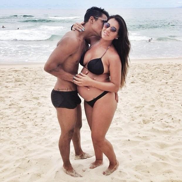 Micael Borges e namorada (Foto: Reprodução/ Instagram)