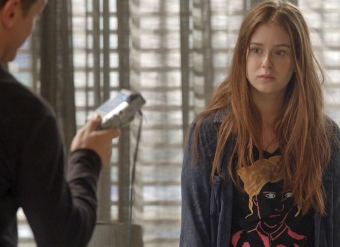 Arthur vai querer ensinar tudo o que sabe à Eliza (Foto: TV Globo)