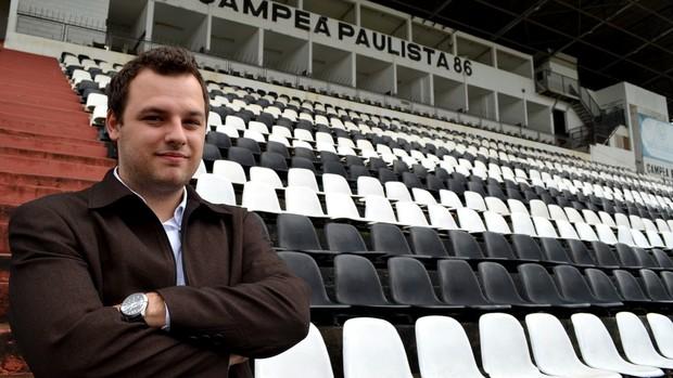 Taymom Bueno, presidente da Inter de Limeira (Foto: Bernardo Medeiros / Globoesporte.com)