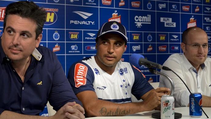 Cruzeiro; Deivid; Bruno Vicintin; Thiago Scuro (Foto: Washington Alves / Light Press)