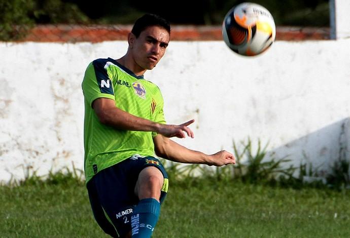 Atacante Pimentinha já treina com bola desde a última terça-feira e vai no mínimo entre os relacionados (Foto: Biaman Prado / O Estado)