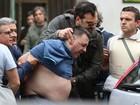 Homem briga com a família, dispara da sacada e mata quatro em Nápoles