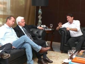 Ministro visita Fortaleza para vistoriar obras do aeroporto (Foto: Governo do Estado do Ceará/Divulgação)