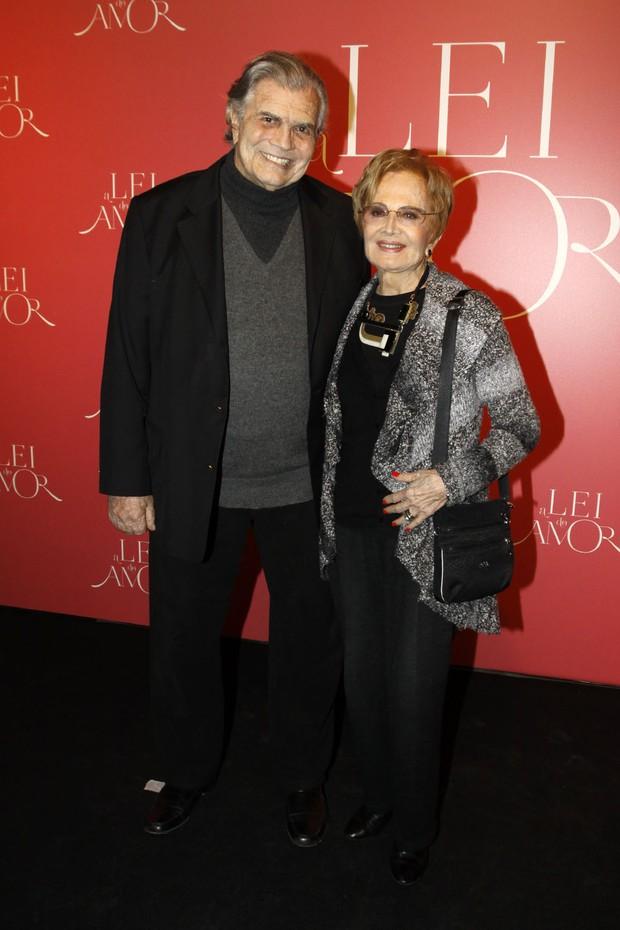 Tarcício Meira e Glória Menezes na festa da novela A Lei do Amor  (Foto: Celso Tavares / Ego)