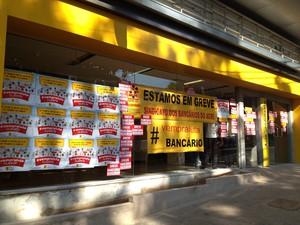 Greve bancários Acre (Foto: Rayssa Natani / G1)