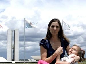 'Ilegal' mostra famílias que precisam traficar o canabidiol para controlar crises epilépticas (Foto: Divulgação)