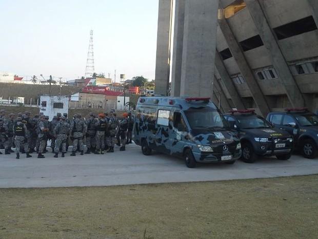Os primeiros agentes da Força Nacional ficaram concentrados no Estádio Castelão, em São Luís (Foto: Jade Bonna/G1 Maranhão)