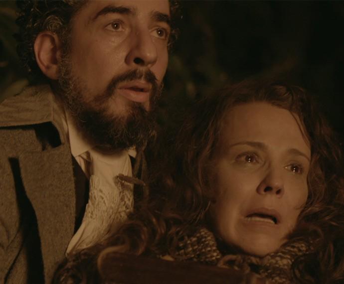 Ariel salva Emília de terrível tragédia (Foto: TV Globo)