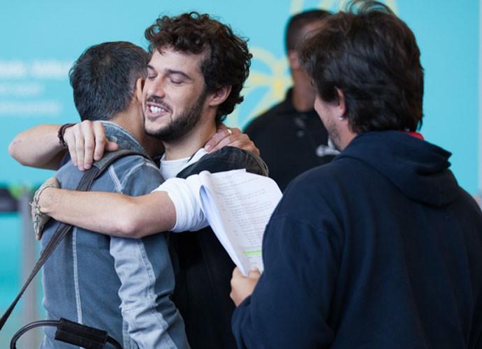 Jayminho e Ângelo ensaiam ao lado do diretor Adriano Melo (Foto: Fabiano Battaglin/Gshow)