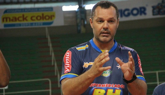 Técnico Marcelinho Ramos (Foto: Fredson Souza/Montes Claros Vôlei)