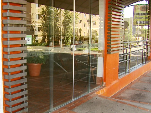 Bar onde presidente da OAB de Passos morreu durante assalto no sábado (19) (Foto: Reprodução EPTV)