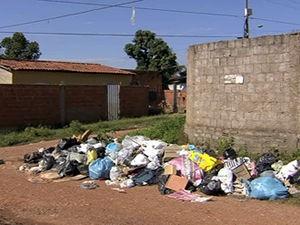 Lixo  (Foto: Reprodução/ TVCA)