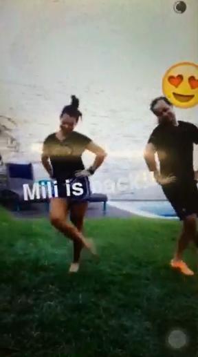 Fernanda Souza dançando música das Chiquititas (Foto: Reprodução / Snapchat)