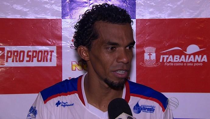 Paulinho Macaíba, atacante do Itabaiana (Foto: Reprodução/TV Sergipe)
