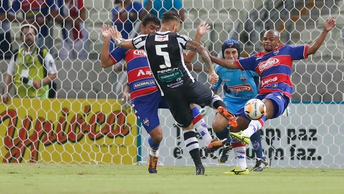 Ceará x Fortaleza Campeonato Cearense Arena Castelão (Foto: JL Rosa/Agência Diário)