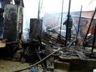 Casa de madeira é destruída em incêndio na Zona Oeste de Manaus