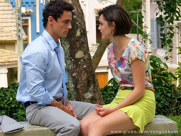 O casal acaba terminando o romance (Foto: Sangue Bom / TV Globo)