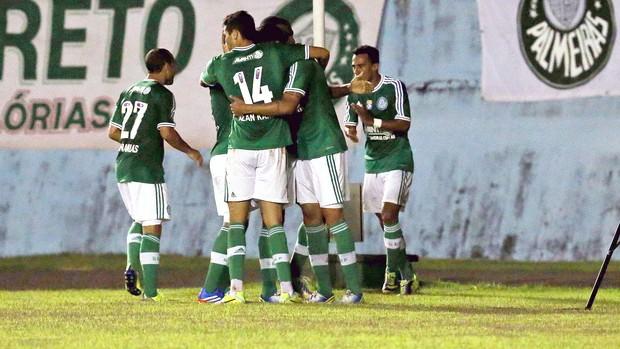 Vilson comemoração Palmeiras jogo Guaratinguetá (Foto: Edno Luan / Agência Estado)