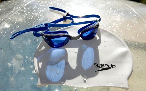 985c41421 Óculos Speedo Hi-Tech 300x230 (Foto  Editoria de Arte   GLOBOESPORTE.