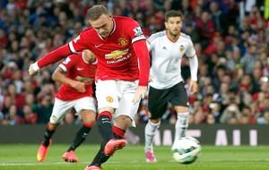 Rooney no jogo Manchester United e Valencia (Foto: Reuters)