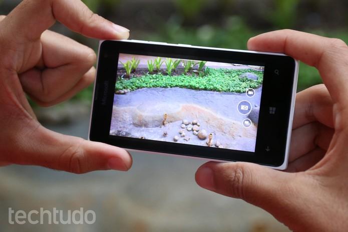 A câmera do Lumia 435 é o seu ponto mais fraco (Foto: Lucas Mendes/TechTudo)