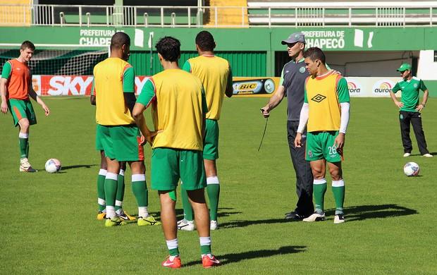 Dal pozzo, chapecoense, treinador, técnico, treino, série b (Foto: Aguante Comunicação / Chapecoense)