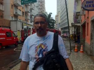 Segundo o morador José Américo, esta não é a primeira vez que o local é foco de incêndio. (Foto: Matheus Giffoni/ G1)