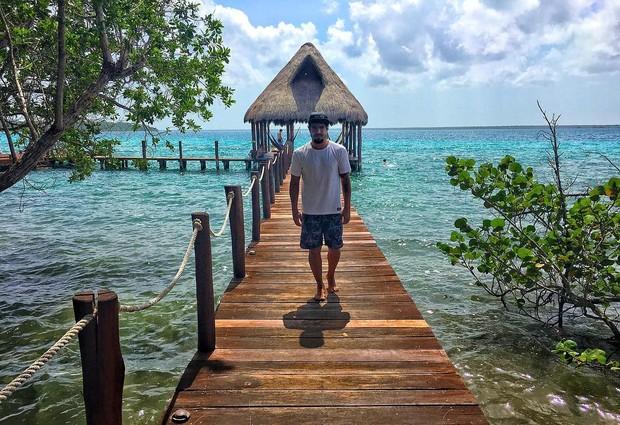 Caio Castro em Belize (Foto: Reprodução/Instagram)