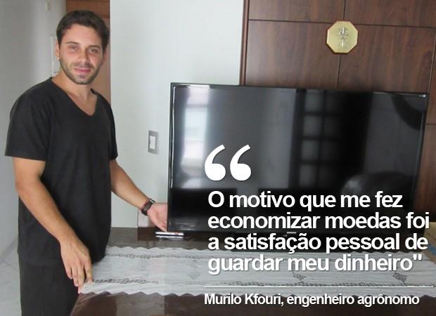 Murilo usou R$ 1,4 mil das moedas que economizou para inteirar o valor de uma televisão (Foto: Karina Trevizan/G1)