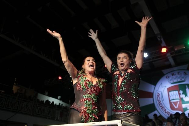 Susana Vieira e David Brazil (Foto: Isac Luz / EGO)