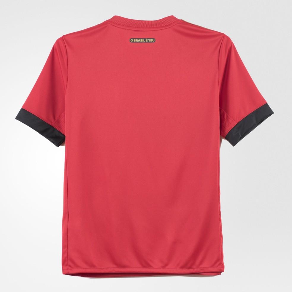 Nova camisa do Sport traz referência ao título de 1987 nas costas (Foto: Divulgação)