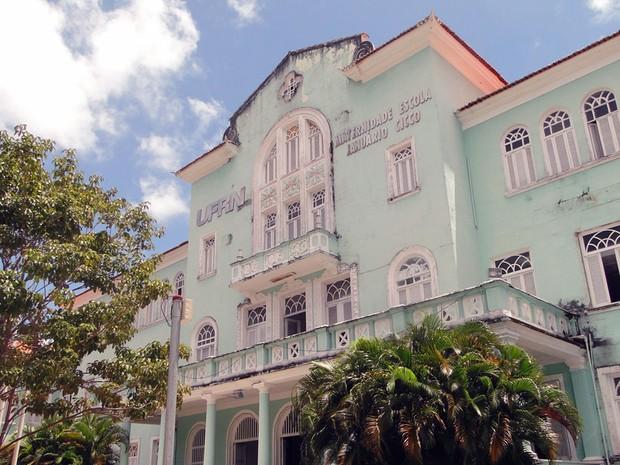 Mulher foi atendida na Maternidade Escola Januário Cicco, em Natal (Foto: Ricardo Araújo/G1)