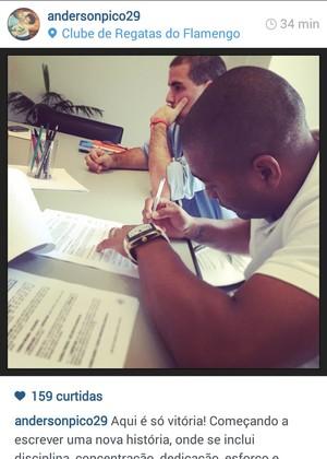 Anderson Pico assina contrato  (Foto: Reprodução / Instagram)