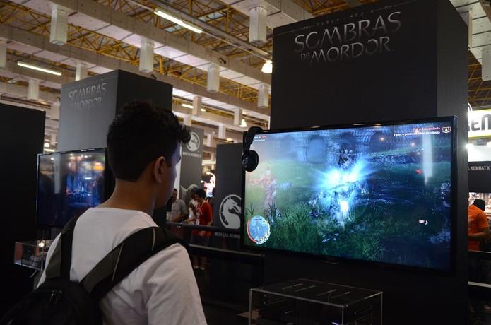 Shadow of Mordor é umas das maiores atrações da Brasil Game Show 2014 (Foto: Matheus Vasconcellos/ TechTudo)