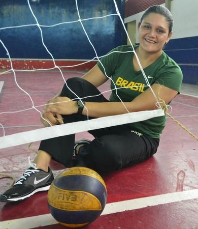 Laiana Rodrigues vôlei sentado (Foto: Antônio Lima/Sejel)
