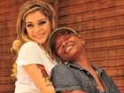 Em sua estreia na TV, Mart'nália vive a namorada de uma loira fatal