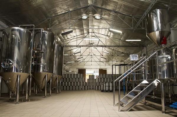 A fábrica da Debron, que fica em Jaboatão dos Guararapes