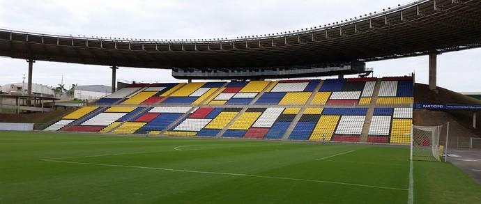 Estádio Kleber Andrade, em Cariacica (Foto: Sidney Magno Novo/GloboEsporte.com)