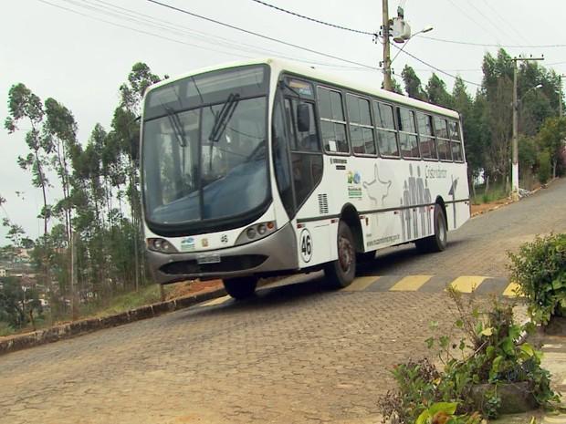 População tem acesso a ônibus de graça em Muzambinho (Foto: Reprodução EPTV)