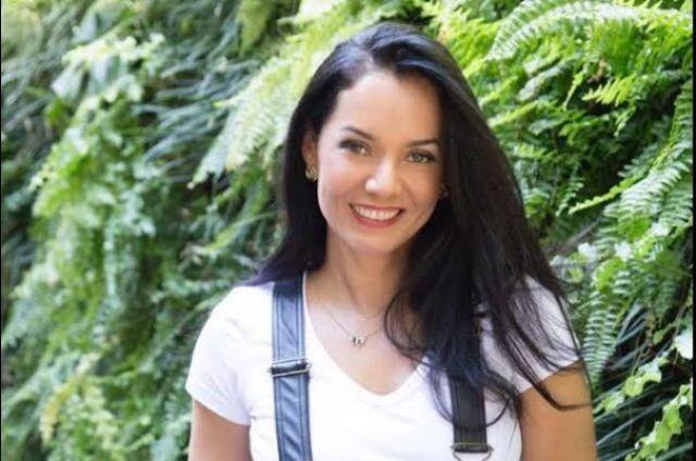 Monica Carvalho Foto Divulgacao