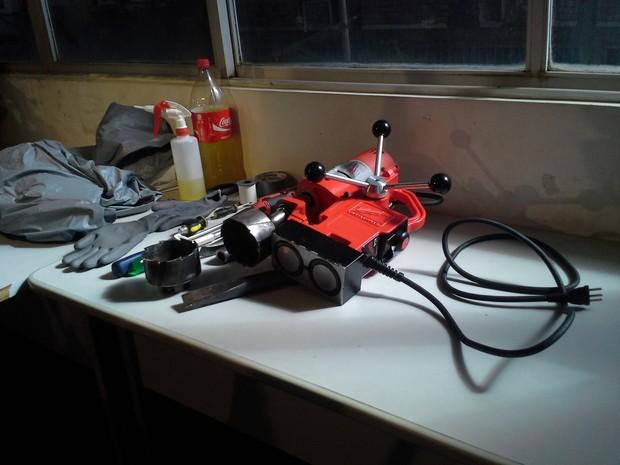 Parte do equipamento apreendido com a quadrilha de assaltantes (Foto: João Ricardo/G1 Maranhão)