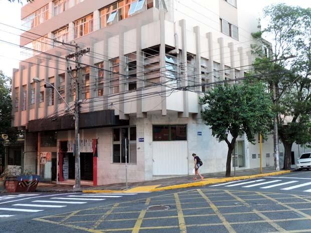 Boate funciona no térreo do Edifício Ouro Branco (Foto: Valmir Custódio/G1)