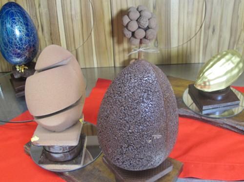 Culinária: Decoração com ovo de Páscoa