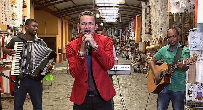 PM Apaixonado sucesso cantando 'breganejo' (Foto: TV Sergipe)