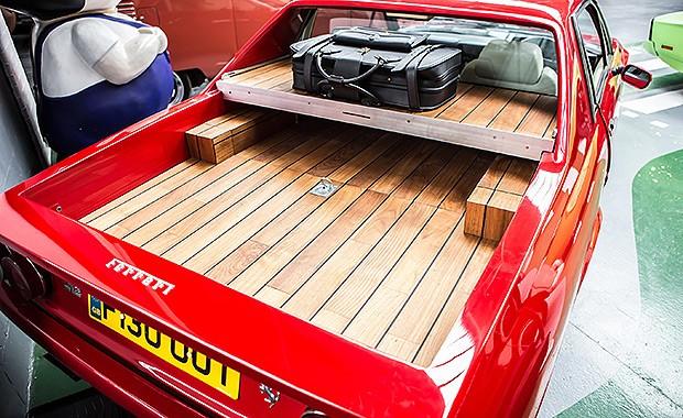 A Ferrari picape, criada em parceria com a  London Motor Museum (Foto: London Motor Group)