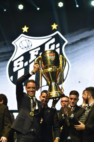 Ricardo Oliveira Festa Campeonato Paulista (Foto: Marcos Ribolli)